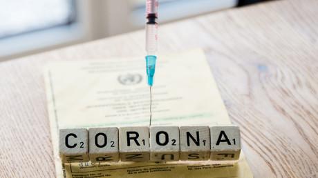 """Reisen bald nur noch mit digitalem Impfzertifikat? WHO arbeitet an """"gemeinsamen Standards"""""""