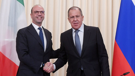 Russian Foreign Minister Sergei Lavrov, right, and his Italian counterpart Angelino Alfrano during a press conference in Moscow. ©Alexey Kudenko
