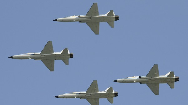 Pilot killed as US T38 supersonic military jet trainer
