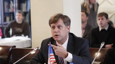 5beab651dda4c8cd2c8b4589 'Well-informed' Stanford Professor McFaul scoffs at idea of checking sources before tweeting