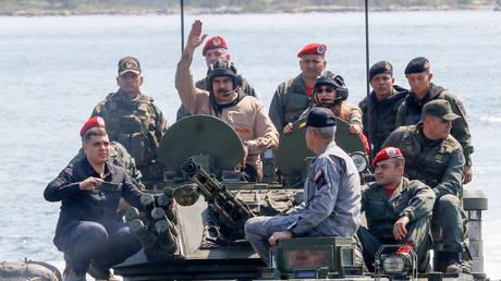 5c4e6e7edda4c89c118b463f 'Most important drills in history!' Venezuela's Maduro inspects troops amid power struggle (VIDEOS)