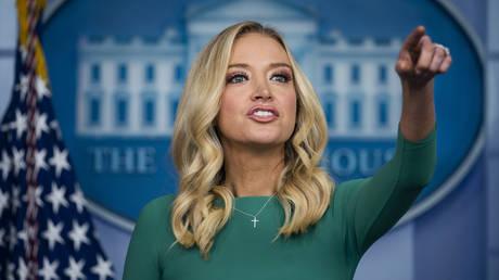 White House Press Secretary Kayleigh McEnany holds a press briefing. © Jim LoScalzo / Pool via CNP /Med