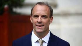 Britse buitenlandse sec zegt dat Covid-vaccinpaspoorten 'in behandeling' zijn, slechts enkele dagen nadat de vaccinminister het idee 'discriminerend' noemt