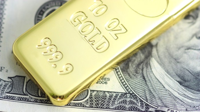 With inflation soaring, bottom will fall out of US dollar & gold will go through the roof, Peter Schiff tells Boom Bust