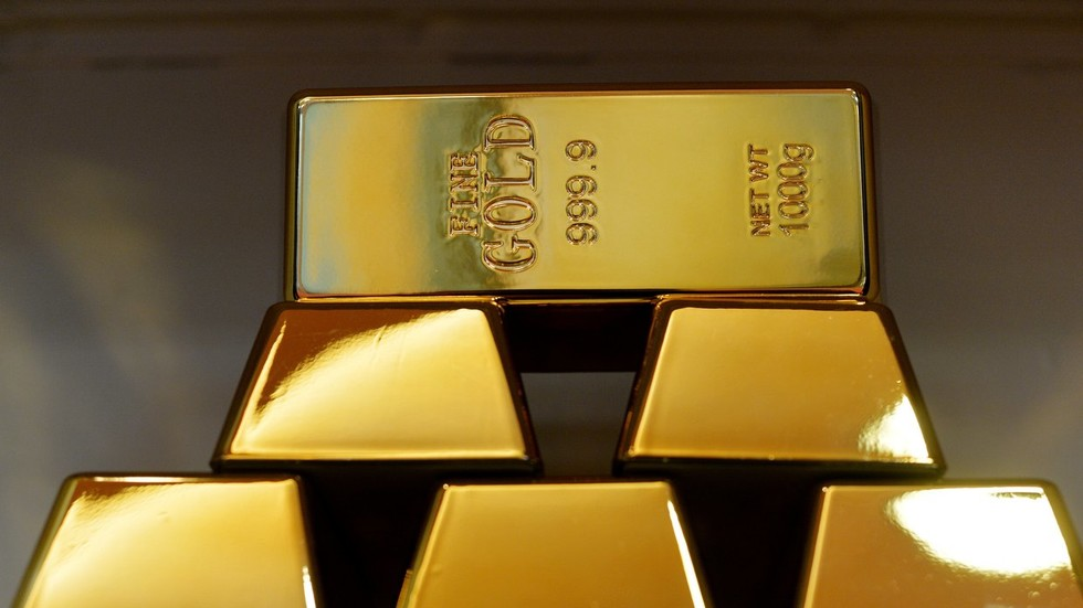 Russia pledges to invest $600mn in joint gold refinery in Kyrgyzstan