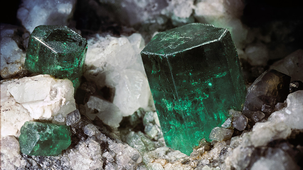 Russia eyes quadrupling production of alexandrite & increasing its emeralds output by 20%