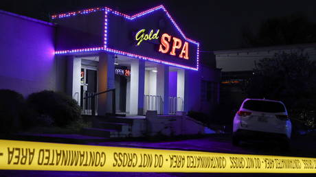 Crime scene tape surrounds Gold Spa after deadly shootings at a massage parlor and two day spas in the Atlanta area, in Atlanta, Georgia, U.S. March 16, 2021. © Reuters / Chris Aluka Berry
