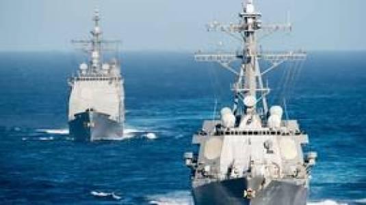 Stany Zjednoczone powinny trzymać się z dala od Krymu i Morza Czarnego `` dla własnego dobra '', mówi zastępca FM Moskwy, gdy amerykańskie okręty wojenne zbliżają się do Rosji