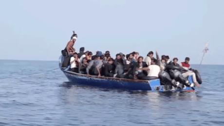 44 migrants sauvés par Sea-Eye près des côtes libyennes