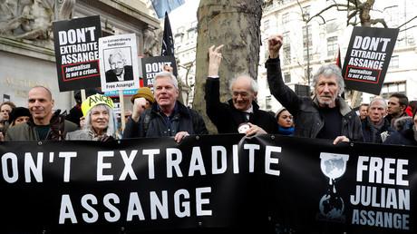 Free Assange : manifestation à Londres pour exiger la libération du lanceur d'alerte