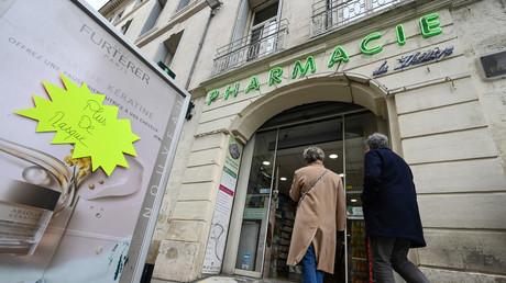 Forte hausse des agressions contre les pharmaciens, en première ligne dans le combat contre le virus
