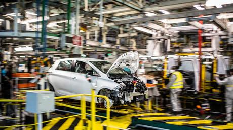 Renault : malgré une aide de 5 milliards d'euros, le gouvernement n'exclut pas la fermeture d'usines