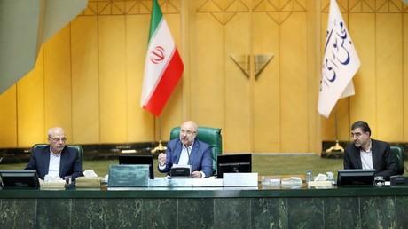 Iran : pour le nouveau président du Parlement, négocier avec Washington serait «inutile et nuisible»