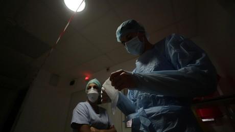 Covid-19 en France : plus de 16 000 nouveaux cas en 24 heures, un record