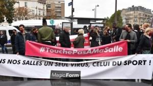 Covid-19 : le monde des salles de sport manifeste contre les fermetures à Paris