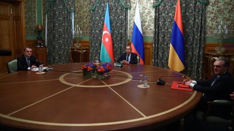 Haut-Karabakh : l'Azerbaïdjan et l'Arménie s'accordent sur un cessez-le-feu