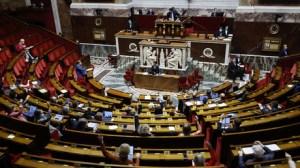 Des députés souhaitent rendre possible le vote par correspondance pour la présidentielle de 2022