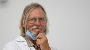«Nous n'avons jamais changé d'avis» : le professeur Raoult répond à ses détracteurs