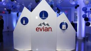 Un tweet d'Evian au premier jour du ramadan fait réagir sur les réseaux sociaux