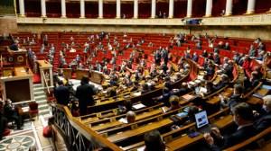 L'Assemblée nationale ouvre la voie à la mise en place du pass sanitaire contre le Covid-19