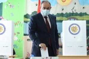 Arménie : le Premier ministre Pachinian remporte les législatives, l'opposition évoque des «fraudes»