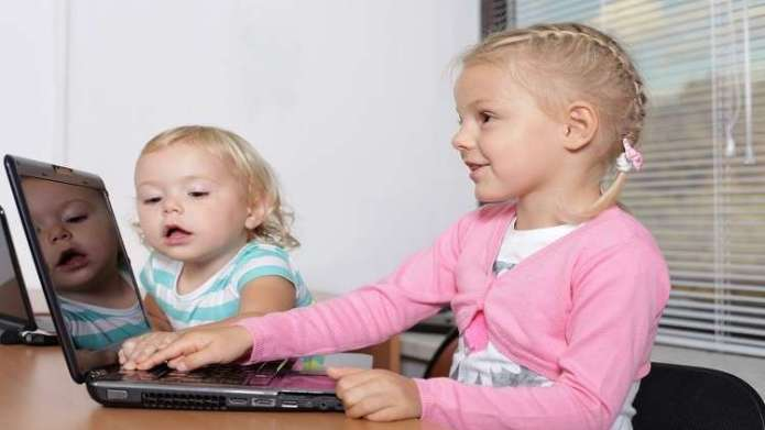 Study: Half an hour of internet is enough to threaten children's health!