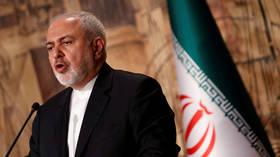 ظريف: على الولايات المتحدة التفاوض مع الحرس الثوري إذا رغبت في الدخول إلى هرمز