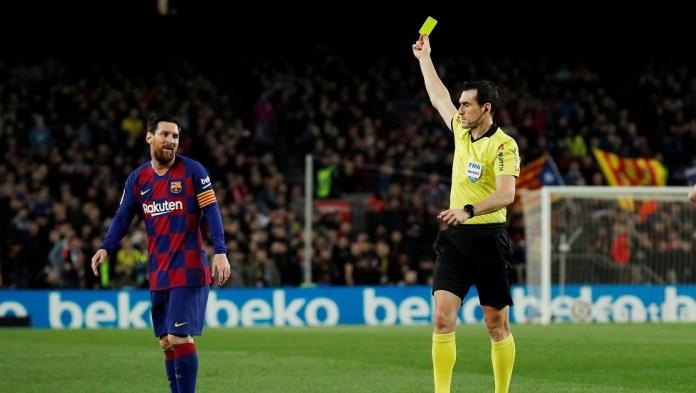 Watch ... Barcelona escape the ambush of Real Sociedad