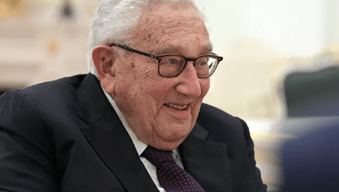 Kissinger predicts political and economic chaos for generations after SK