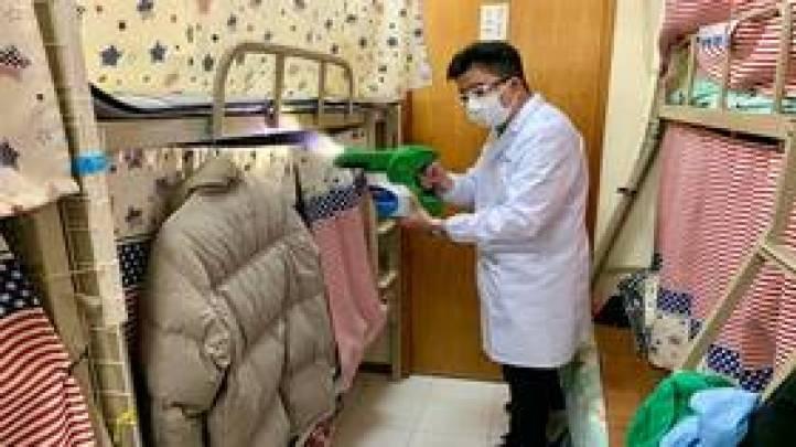 هونغ كونغ تطور مطهرا يحمي الأسطح من فيروس كورونا لمدة 90 يوما