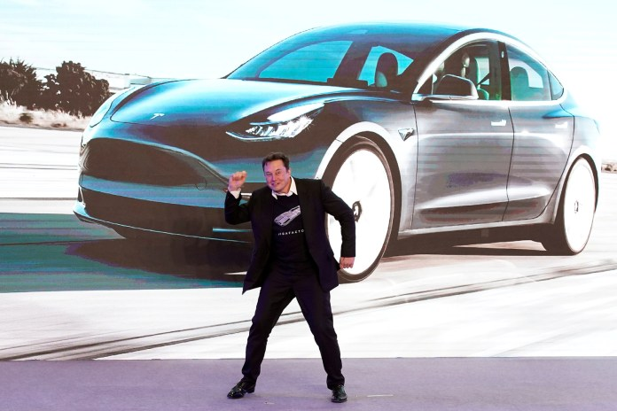 For the first time, Elon Musk enters the list of the 4 richest people in the world