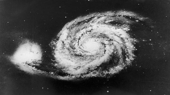 الفلكيون يرصدون بدء موت مجرة بعيدة #RT_Arabic