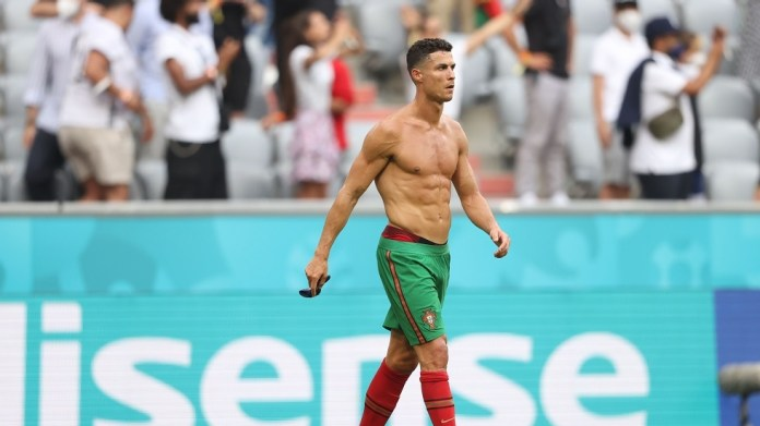 A former German star describes Ronaldo as