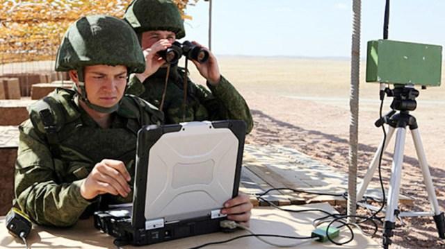 """""""Pojedynczy obwód informacyjny"""": jak ulepszane są zautomatyzowane systemy dowodzenia i kontroli w Rosji"""