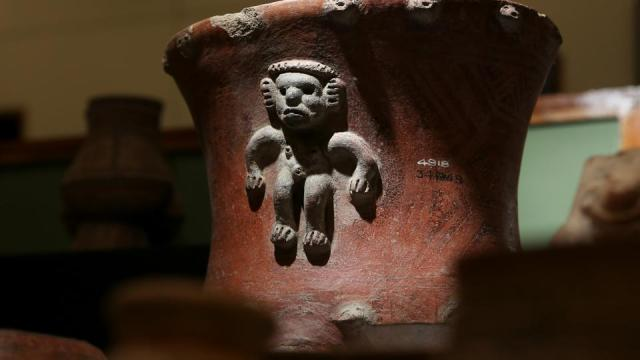A pre-Columbian pot, repatriated from the Brooklyn Museum in New York, US, is displayed for its classification by archaeologists at the facilities of the Costa Rica's National Museum, in Pavas, July 2, 2021.