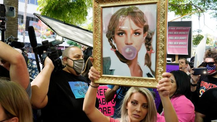 Britney Spears' fans have been calling on the court to let the pop icon make decisions about her life.