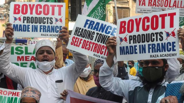 French belligerence unites the Muslim world