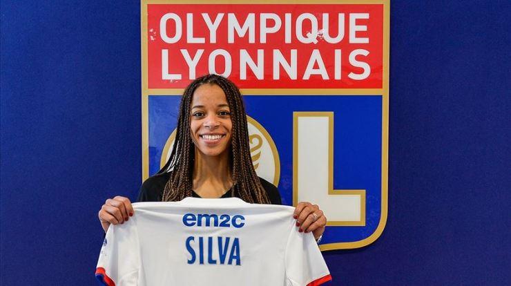 Jéssica Silva com a camisola do Lyon. Foto: Olympique Lyonnais