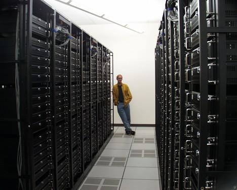 Google preparing itself to manage 10 Million Servers