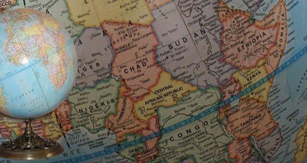 El globo y mapa de África