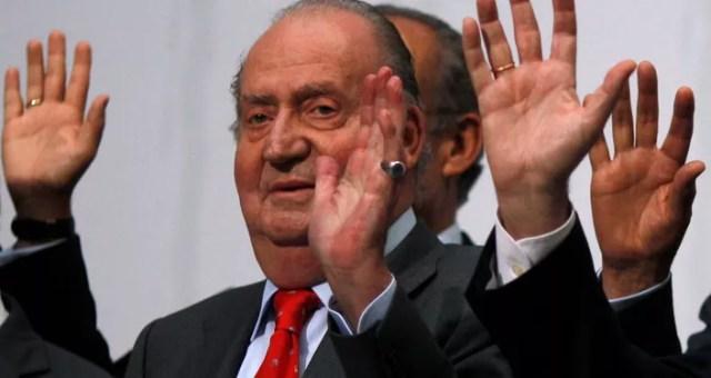 Juan Carlos I ha abandonado España para preservar la institución monárquica