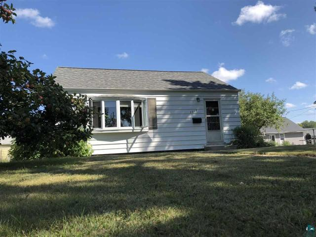 Property for sale at 3614 3rd Ave W, Hibbing,  MN 55746