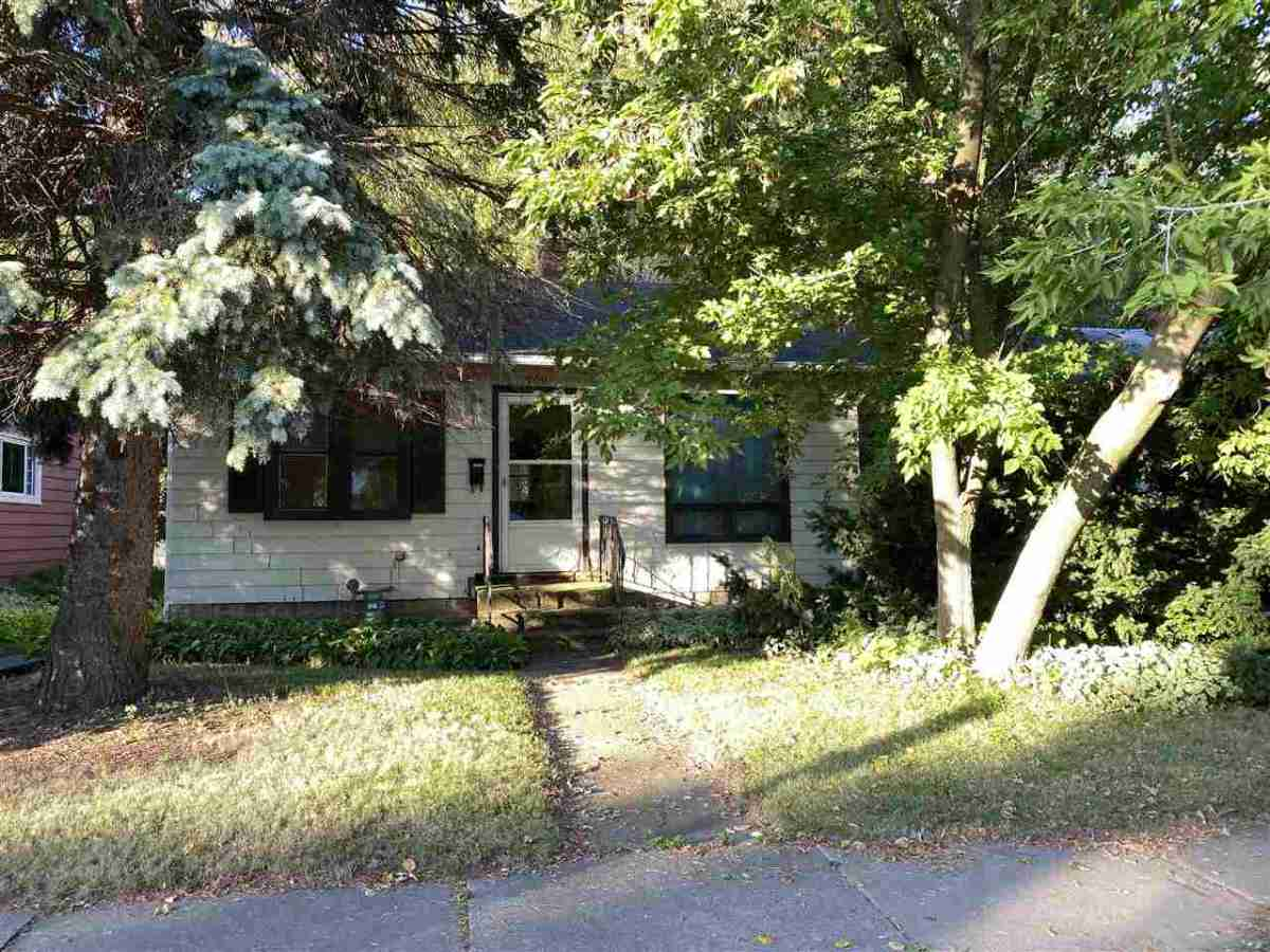 709 MAIN AVENUE, DE PERE, WI 54115 – HOMES AND REAL ESTATE FOR SALE