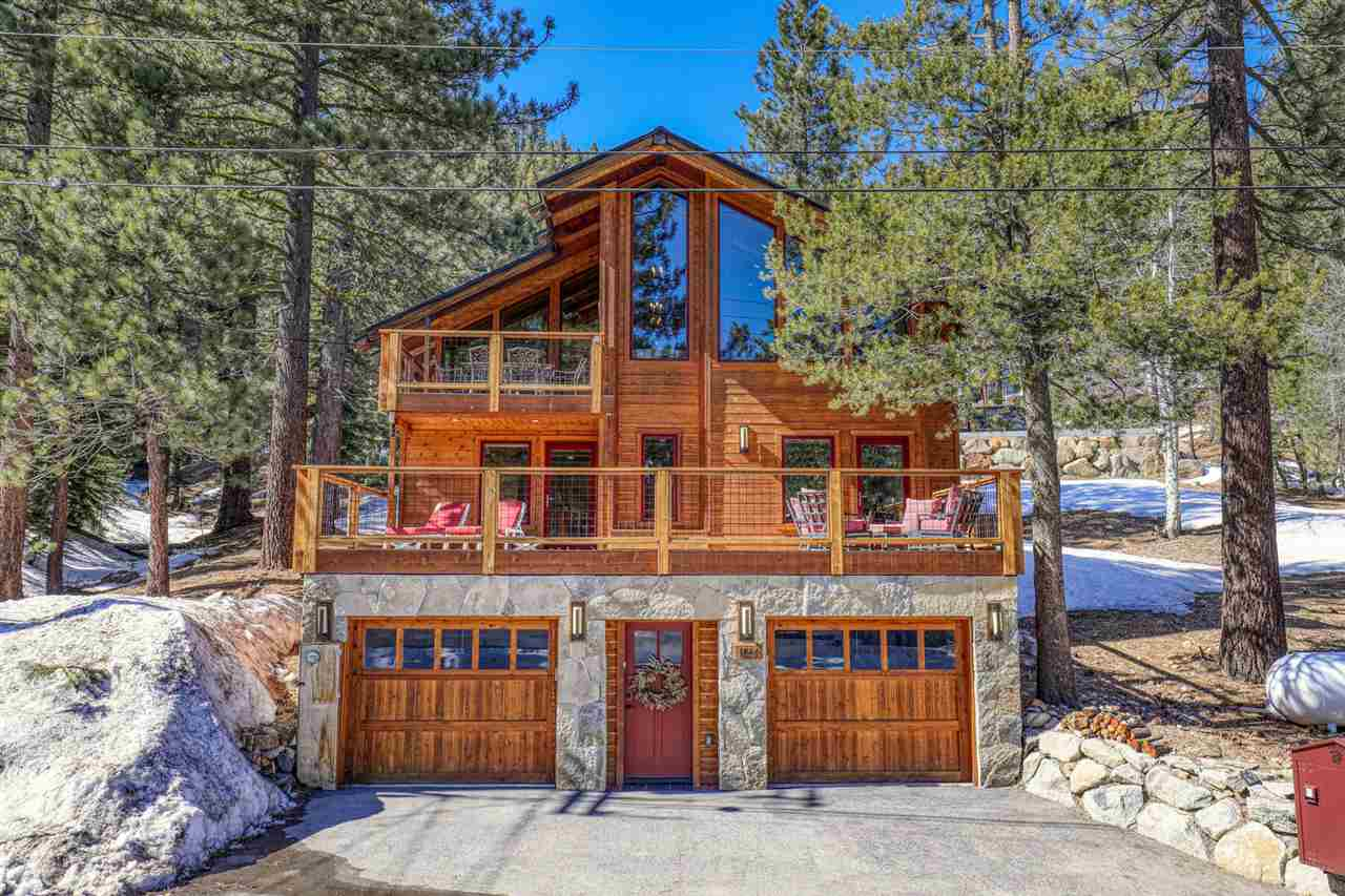 This exceptional, fully renovated Squaw Valley home is situated on a sunny lot with filtered views of the nearby ski resort. The great room boasts new high pine ceilings, oak floors, and tall windows that allow in plenty of natural light. The 3 newly built decks, family room, and extra fireplace downstairs creates a comfortable space, perfect for entertaining. Street access is easy thanks to a level driveway, flat road, and a split garage with a bay - perfect for an owner's garage with extra storage.