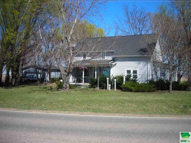 Property for sale at 2636 Old Hwy 75, Salix,  IA 51056