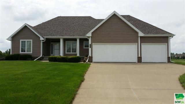 Property for sale at 843 Brookside Drive, Jefferson,  SD 57038