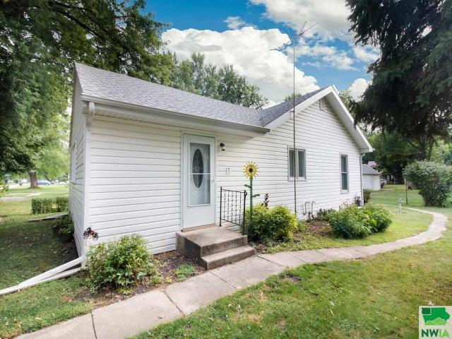 Property for sale at 321 Salem, Whiting,  IA 51063