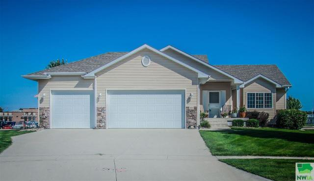 Property for sale at 400 Homestead Lane, Sergeant Bluff,  IA 51054