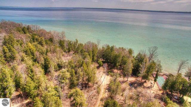 Property for sale at 1465 S Nanagosa Trail, Suttons Bay,  MI 49682