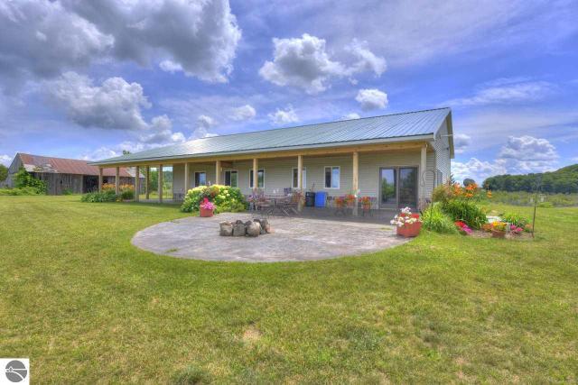 Property for sale at 6526 E Lincoln Road, Cedar,  MI 49621